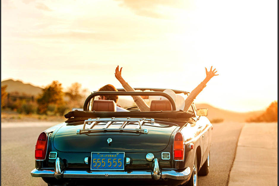 Antes de emprender cualquier viaje debes asegurar tu auto. (Foto: Top Feed)