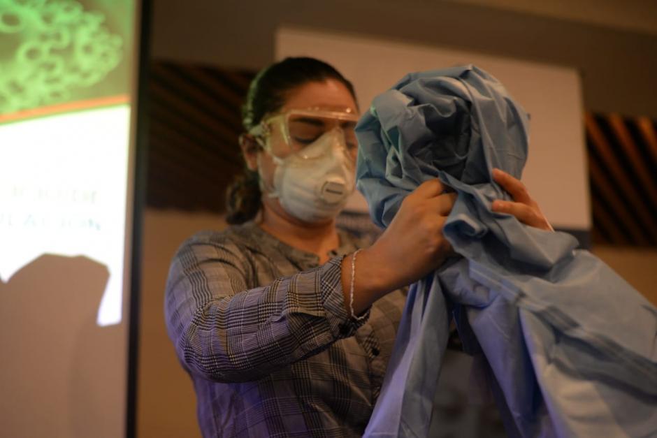 El Ministerio de Salud capacita a su personal ante un eventual caso de coronavirus en Guatemala. (Foto: Wilder López/Soy502)