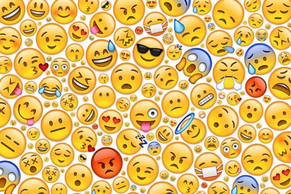 Los emojis son los característicos dibujos que te ayudan a expresar tus emociones en redes sociales (Foto: El Tiempo)