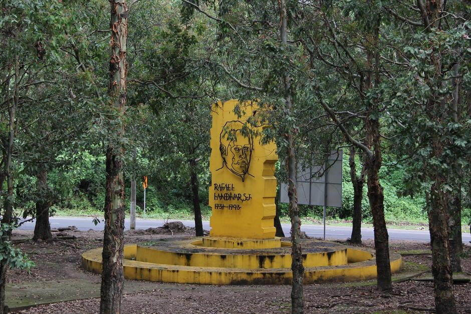 Las autoridades municipales buscan rescatar el bosque y convertirlo en un parque ecológico.  (Foto: Fredy Hernández/Soy502)