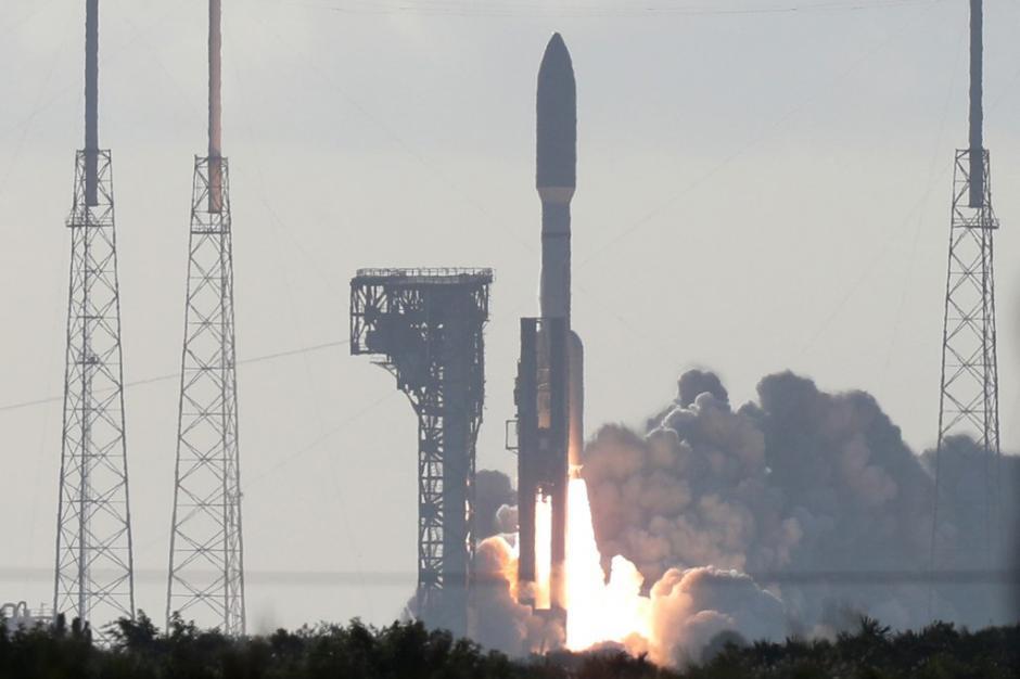 """La Nasa realizó con éxito el lanzamiento de su robot """"Perseverance"""" que buscará vida en Marte. (Foto: AFP)"""