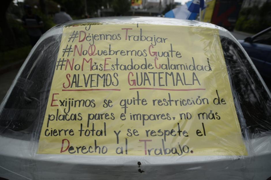 Los manifestantes exigen el cese del toque de queda. (Foto: Wilder López/Soy502)