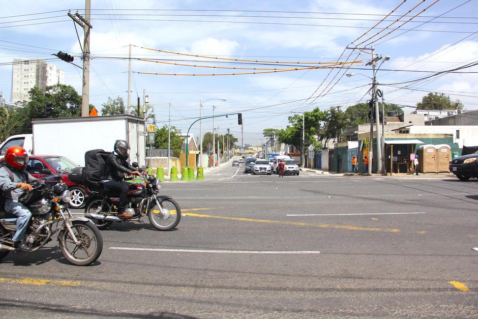 El paso a desnivel en la calzada Atanasio Tzul ha retomado sus operaciones. (Foto: Fredy Hernández/Soy502)