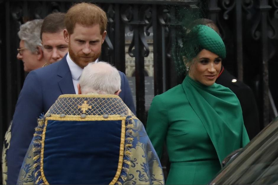 El príncipe Harry y su esposa Meghan participaron en la última actividad pública junto a la Familia Real. (Foto: AFP)