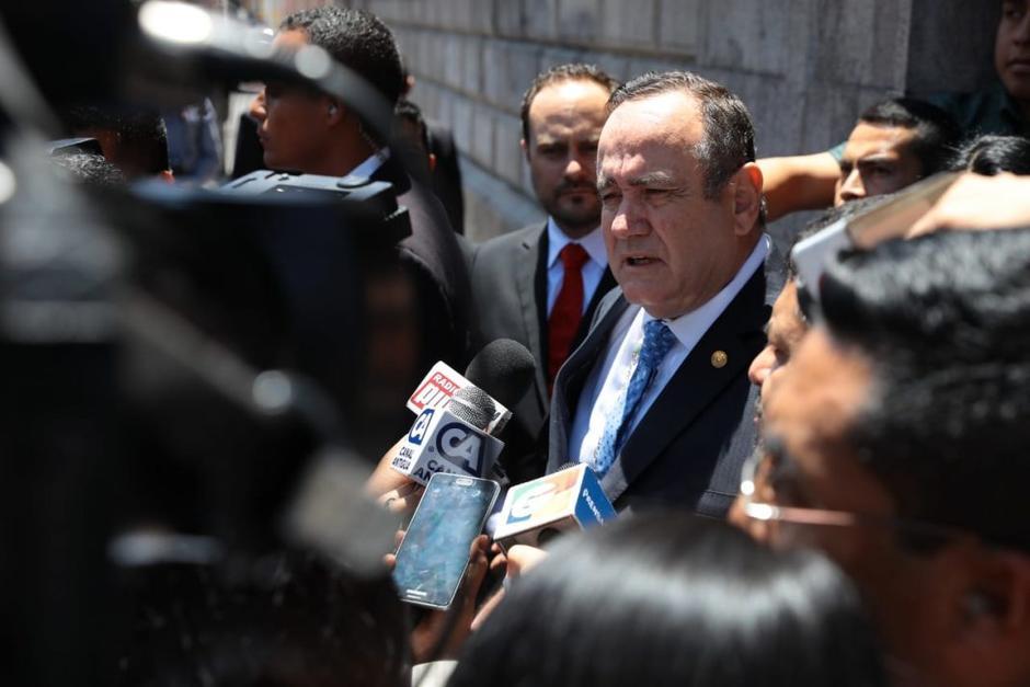 El presidente Alejandro Giammattei acudió al Congreso e hizo varias peticiones a los diputados. (Foto: Agencia Guatemalteca de Noticias)
