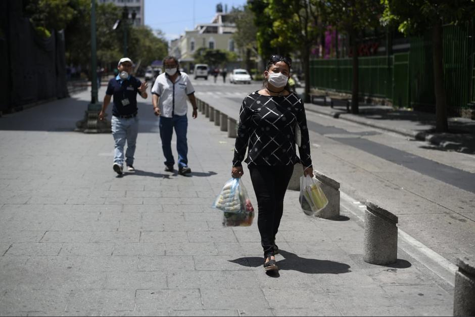 La emergencia por el coronavirus ha dificultado el empleo a algunas personas. (Foto: Wilder López/Soy502)