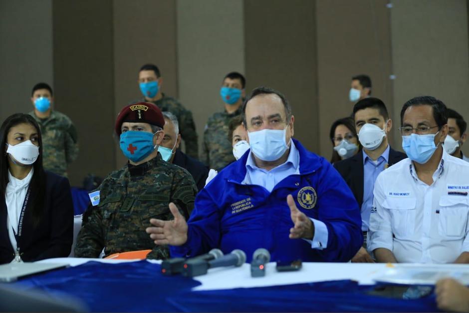 El presidente Alejandro Giammattei explicó por qué el Gobierno centraliza las pruebas de Covid-19. (Foto: SCSP)