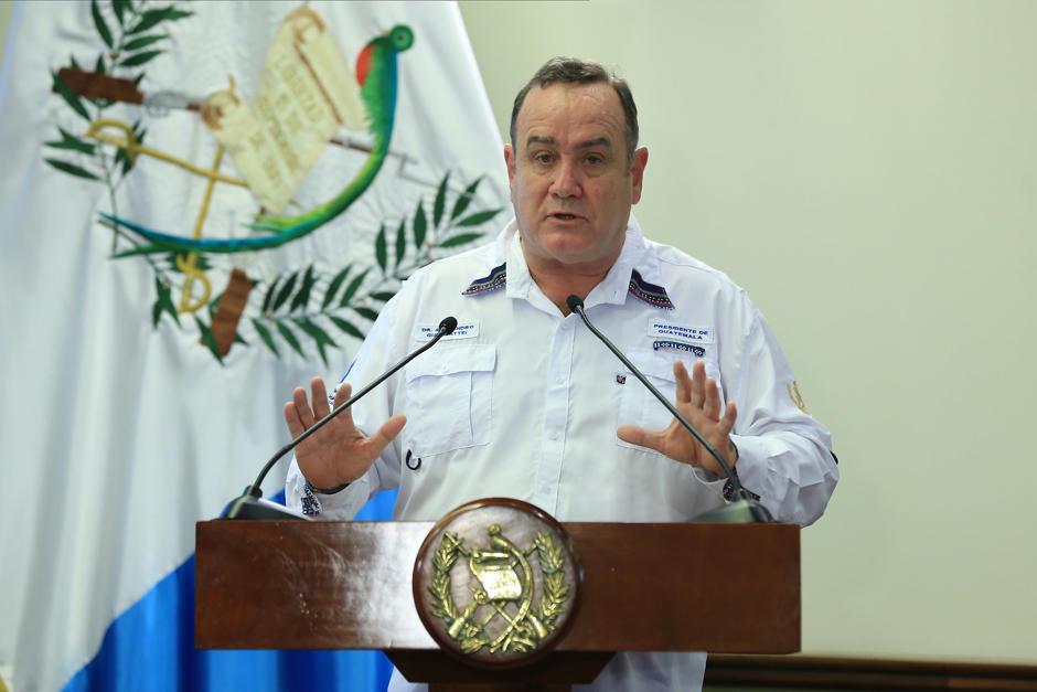 Alejandro Giammattei concedió una entrevista a una radio de Quetzaltenango donde habló sobre la política en tiempos de Covid-19. (Foto: Secretaría de Comunicación Social de la Presidencia)