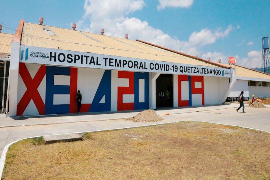Hospital temporal de Quetzaltenango colapsó y no puede recibir a más pacientes enfermos de Coronavirus. (Foto: DCA)