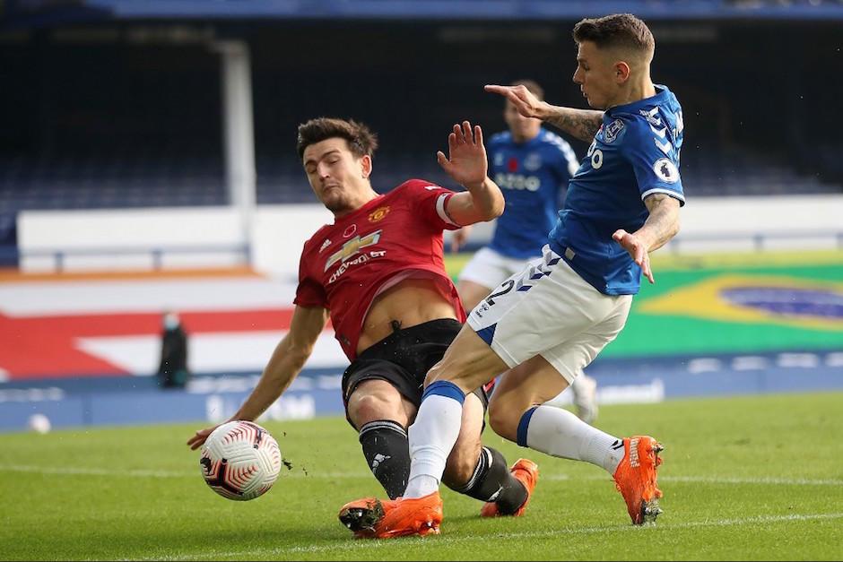 Llegó el primer gol de Edinson Cavani en Manchester United