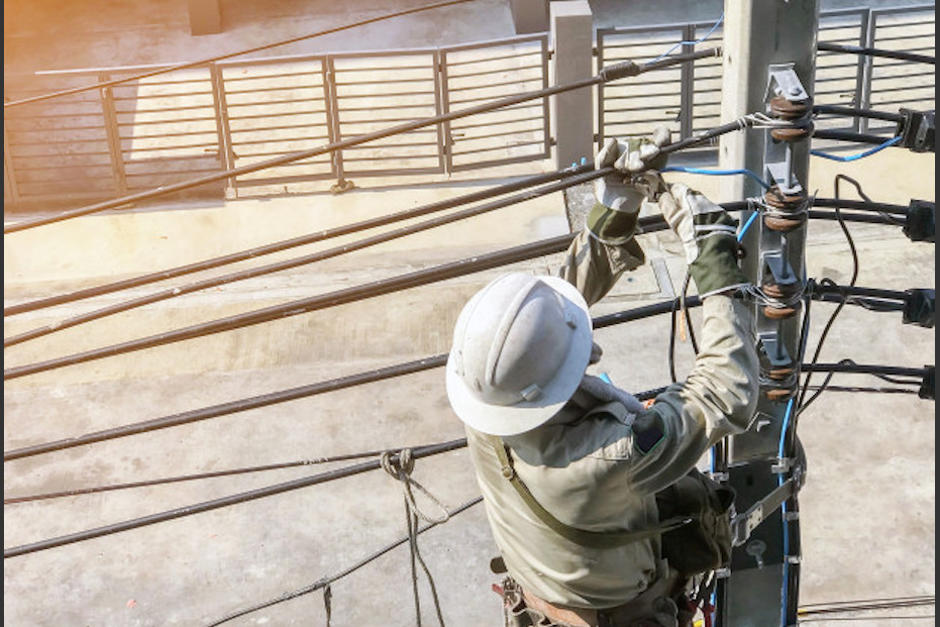 El servicio eléctrico estará suspendido en algunas zonas. (Foto: Freepik)