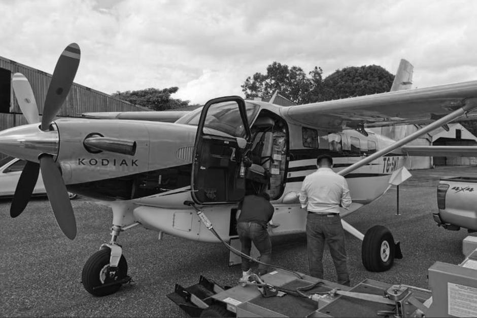 Juan José Rómulo López Yat, piloto de la avioneta que se estrelló este domingo en la zona 9, falleció este lunes. (Foto: Soy502)