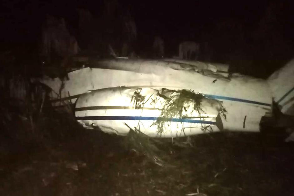 El Ejército de Guatemala confirmó la ubicación de la aeronave destruida y con ilícitos en su interior. (Foto: Twitter/Ejército)