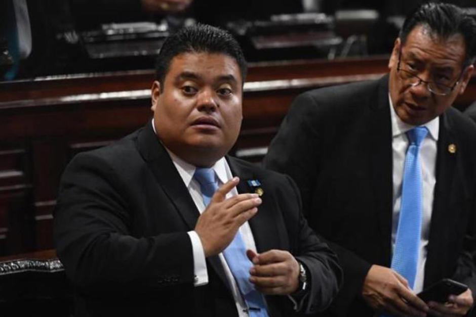 Allan Rodríguez fue reelecto para dirigir el Congreso durante un año más, después de varias reuniones privadas con Alejandro Giammattei. (Foto: Archivo/Soy502)