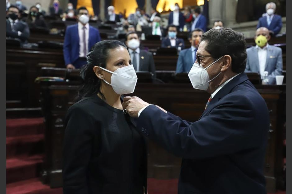 Jennifer Guerra ocupa la curul que dejó Gabriel Heredia, quien murió por Covid-19. (Foto: Congreso)