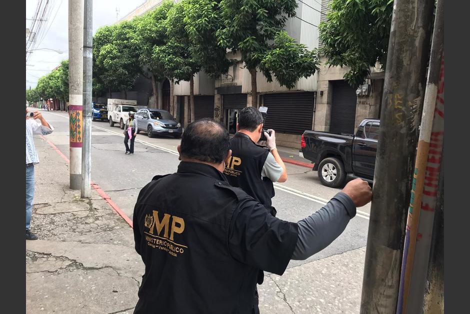 El MP realiza varias diligencias en el Congreso para documentar el ataque de supuestosmanifestantes. (Foto: José Castro)