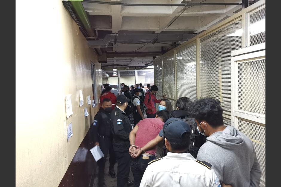 De manera oficial se reportó 37 personas capturadas en la jornada de protesta del sábado 21 de noviembre. (Foto: PDH)