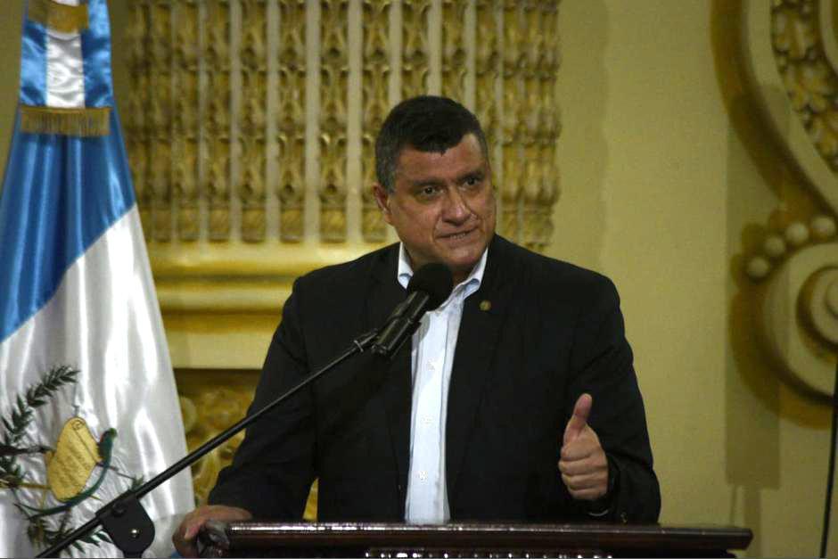El vicepresidente Guillermo Castillo asegura que no se ha reunido con el presidente Alejandro Giammattei. (Foto: Wilder López/Soy502)
