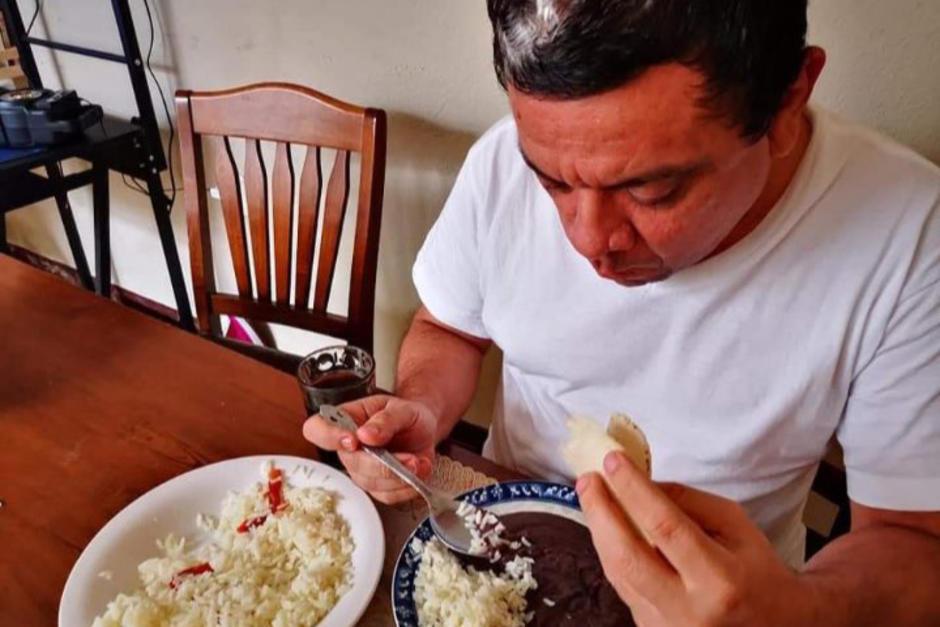 Antes de ser diputado, Rubén Barrios criticaba a los diputados por lo que comían. (Foto: captura pantalla/Twitter)
