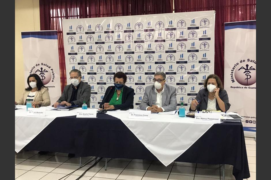 Las autoridades del Ministerio de Salud ofrecieron una conferencia de prensa. (Foto: MSPAS)