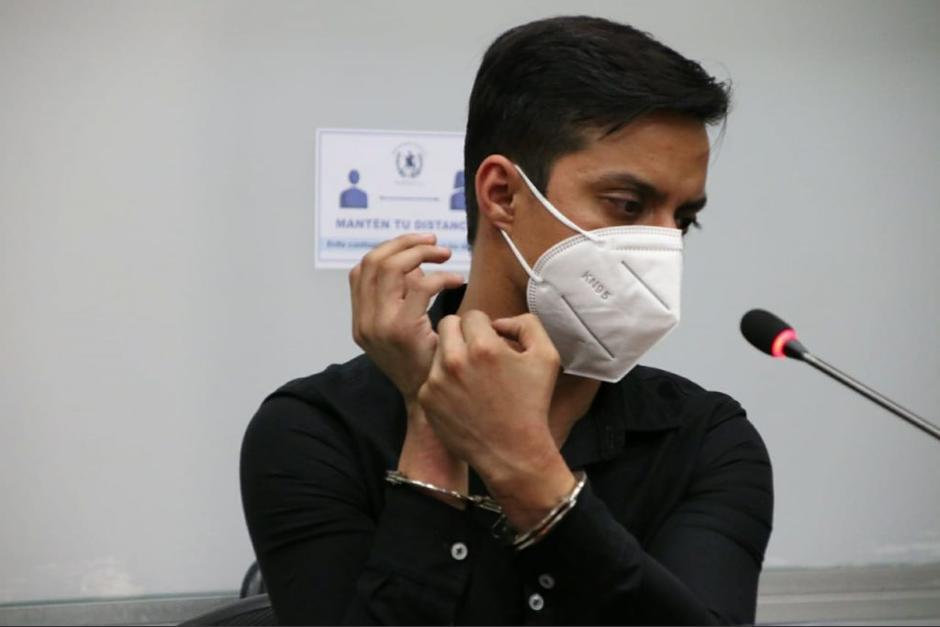 El periodista Sonny Figueroa fue capturado por agentes de la PNC, quienes argumentaron que los quiso sobornas. (Foto: Archivo/Soy502)