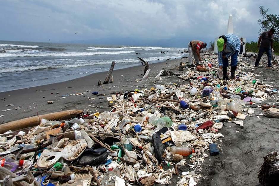 El país vecino exige las construcción de rellenos sanitarios para evitar que el río Motagua arrastre basura a sus playas (Foto ilustrativa: common streams)