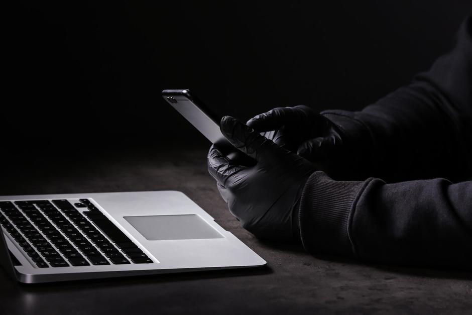 Un agente de seguridad fue capturado por posesión de pornografía infantil. (Imagen con fines ilustrativos. Foto: Shutterstock)