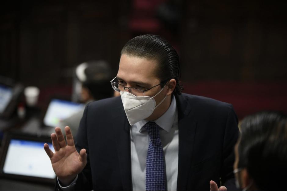 Felipe Alejos se presentó al Congreso donde brindó una breve declaración por la sanción emitida por EEUU. (Foto: archivo/Soy502)