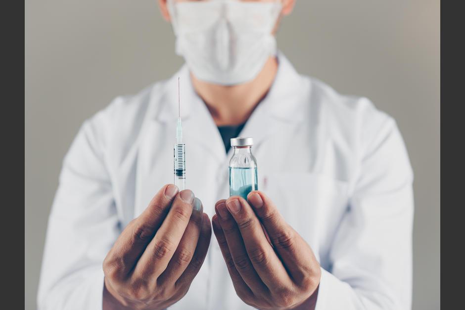 Farmacéuticas prometen altos estándares en vacuna de COVID