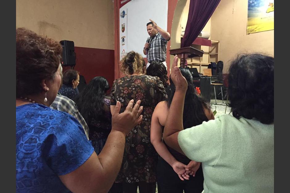 Caleb Dávila es pastor de la iglesia Defensores de la Fe. (Foto: Defensores de la Fe/Facebook)