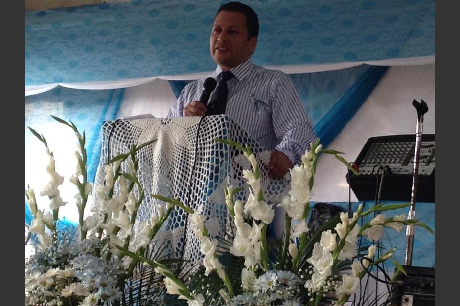 Un juzgado revocó la orden de captura y la declaratoria de rebeldía en contra del pastor. (Foto: Defensores de la Fe Guatemala/Facebook)