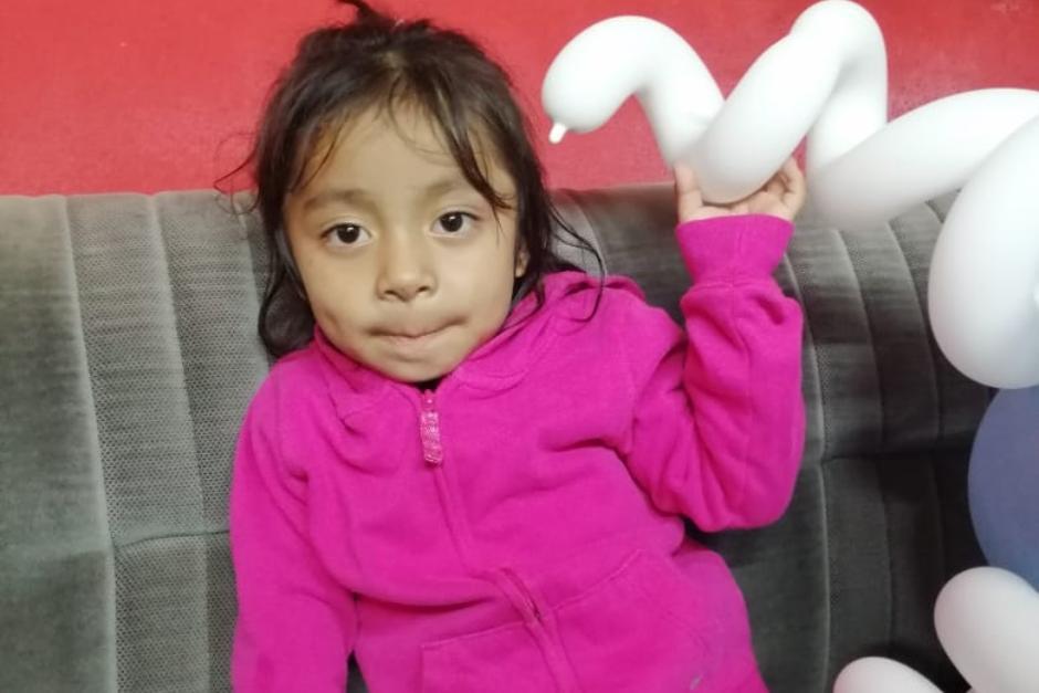 El rostro de la niña es publicado con fines de ubicar a sus padres o familiares. (Foto: Bomberos Voluntarios)