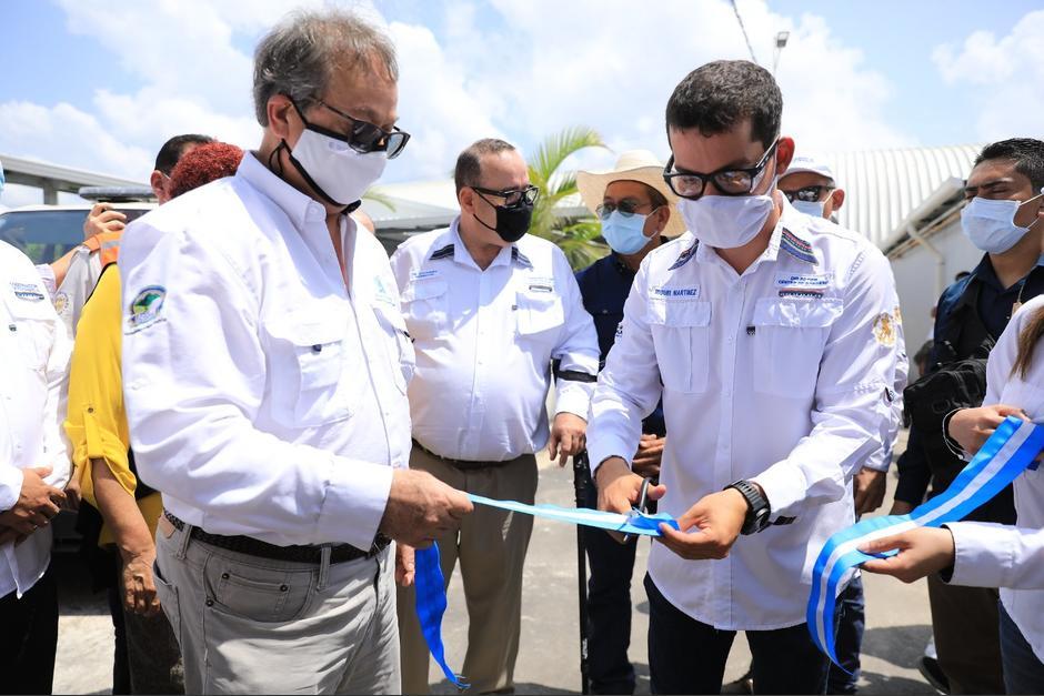 Miguel Martínez, director del Centro de Gobierno, acompaña a, casi todas, las actividades públicas al presidente Alejandro Giammattei. (Foto: Archivo/Soy502)