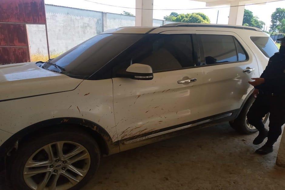 El vehículo fue encontrado durante un allanamiento que realizó la PNC y MP. (Foto: PNC)