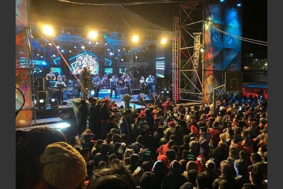 El concierto se realizó sin medidas de bioseguridad por el Covid-19. (Foto: captura pantalla)