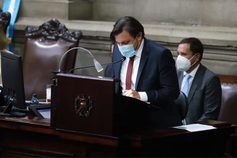 El parlamentario dejó abierto el micrófono durante una pausa en la sesión de este miércoles. (Foto: Congreso)