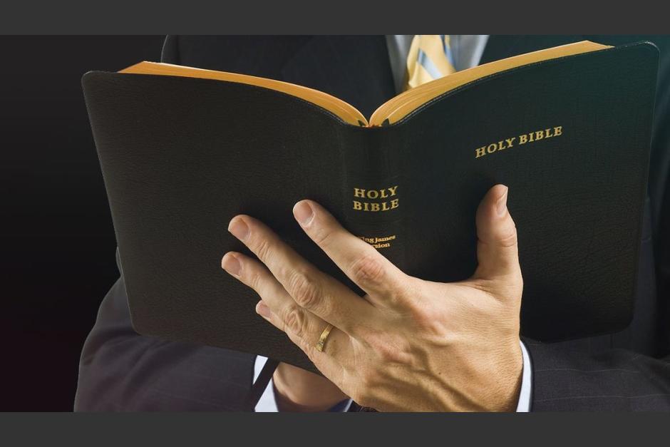 Un pastor evangélico fue capturado por la PNC acusado de varios delitos. (Foto: Holy Bible)