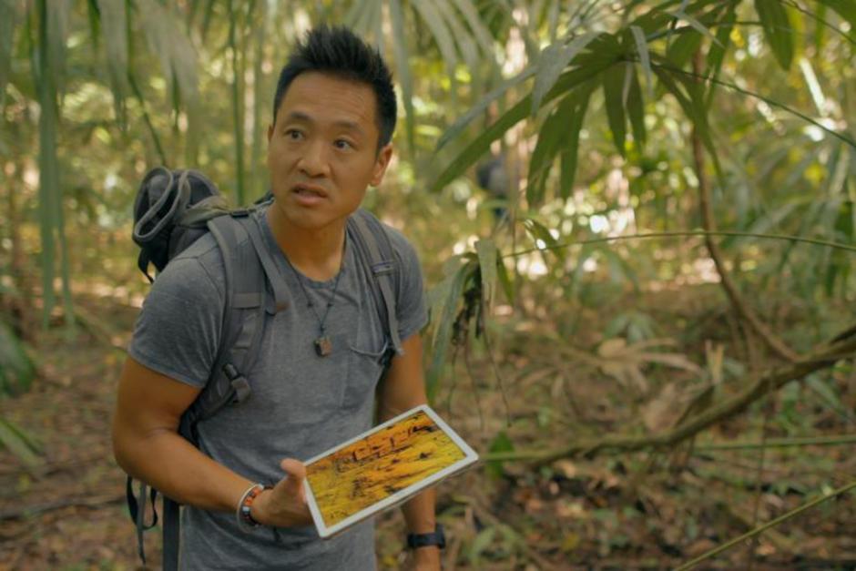 Científico y explorador de National Geographic graba en Guatemala