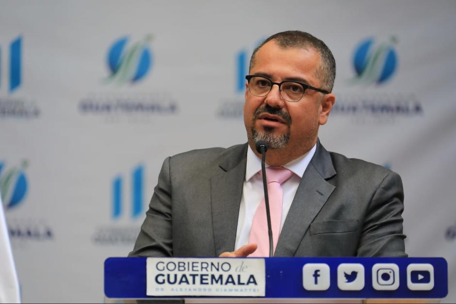 El ministro de Cultura, Felipe Aguilar, participó en la conferencia de prensa después de concluir el Gabinete de Gobierno. (Foto: Presidencia)