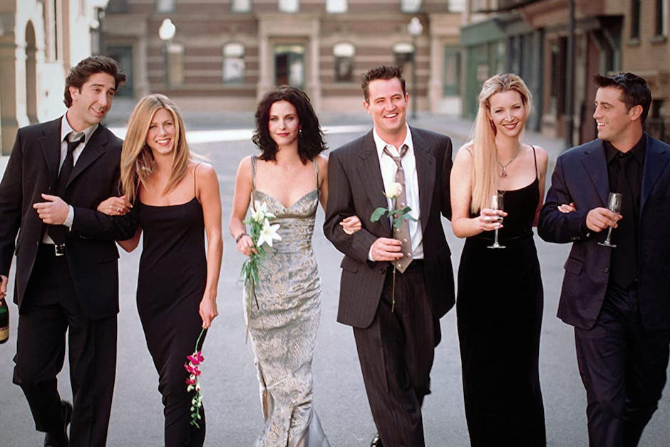 Matthew Perry filtró la primera foto del set. (Foto: Friends)