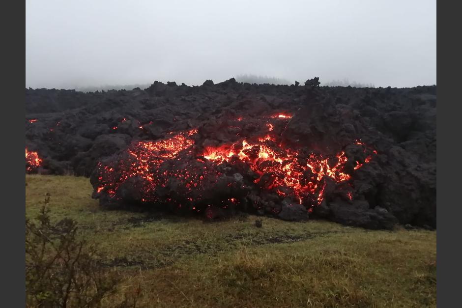 Un dron capta avance de lava del Pacaya en comunidades cercanas