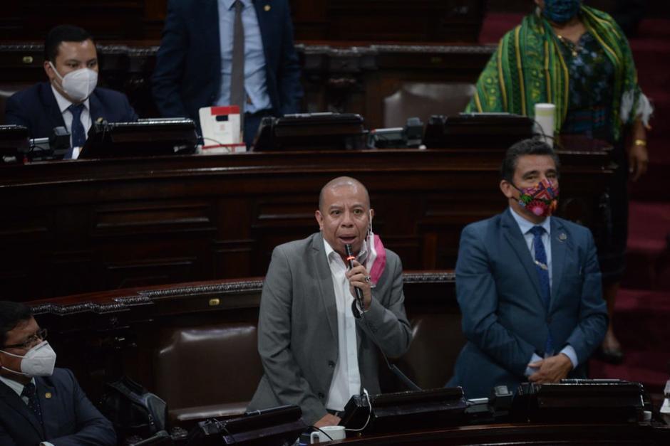 El diputado Aldo Dávila reacciona a la solicitud de antejuicio en su contra solicitada por el MP. (Foto: Archivo/Soy502)