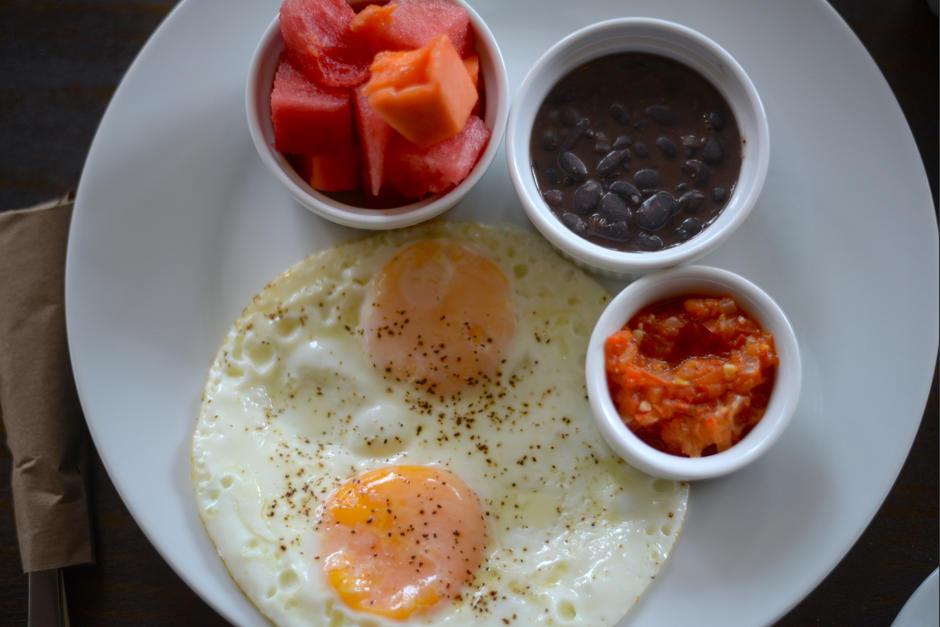 El desayuno es necesario antes de iniciar la aventura. (Foto: Wilder López/Soy502)