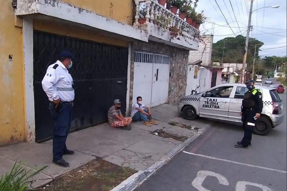 La Policía Municipal de Mixco atrapó a los presuntos asaltantes (Foto: Muni Mixco)