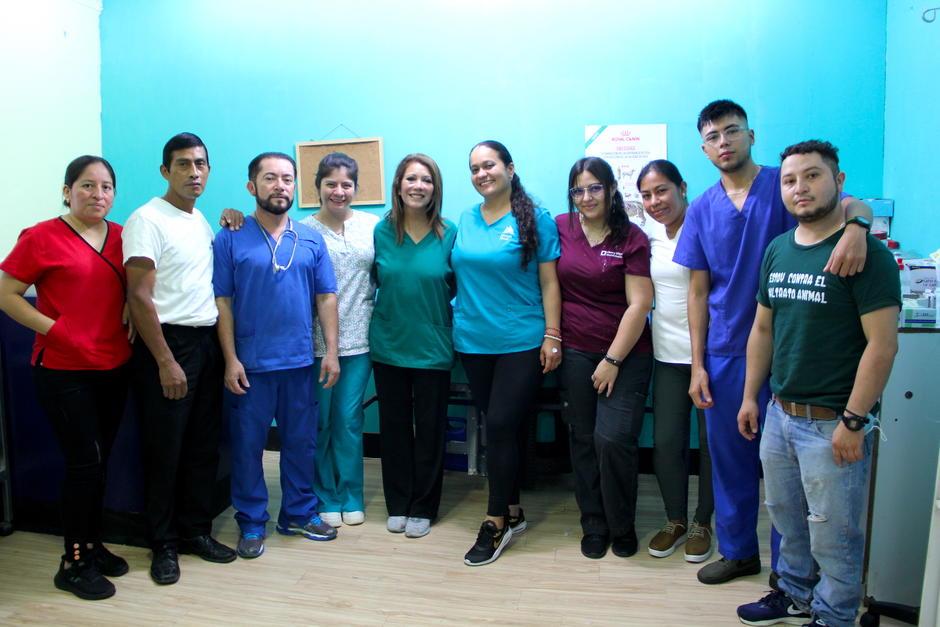 El equipo de veterinarios ayudó a una mujer para dar a luz sin complicaciones. (Foto: Fredy Hernández/Soy502)