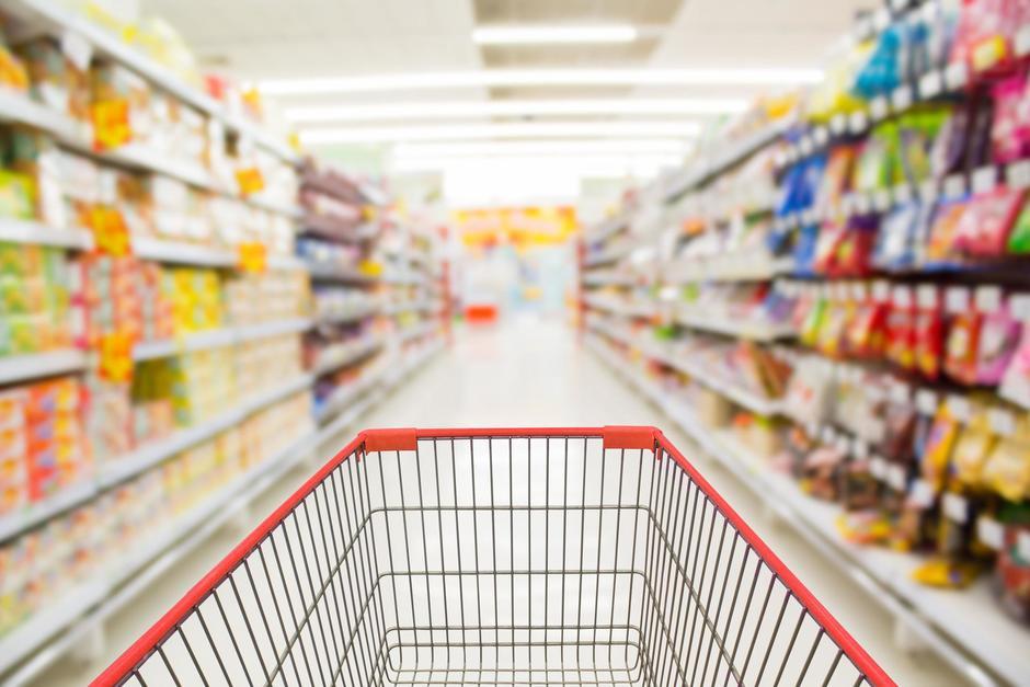 El Ministerio de Salud actualizó las restricciones de Covid-19 para centros comerciales, mercados, supermercados, restaurantes y centros nocturnos. (Foto: Shutterstock)