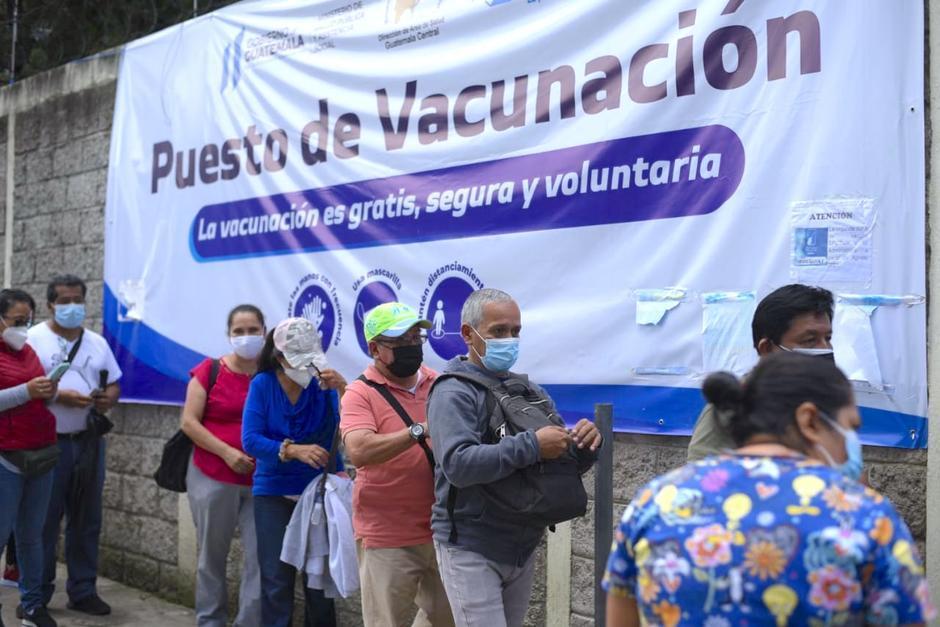 Solo el 3% de las población mayor de 18 años cuanta con el esquema completo de vacunación contra el Covid-19 en Guatemala. (Foto: Archivo/Soy502)