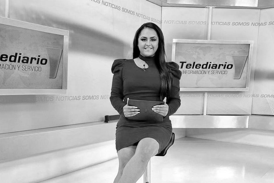 Vivian Vásquez Morales, presentadora de Telediario, falleció en un trágico accidente en el Libramiento de Chimaltenango. (Foto: Telediario)