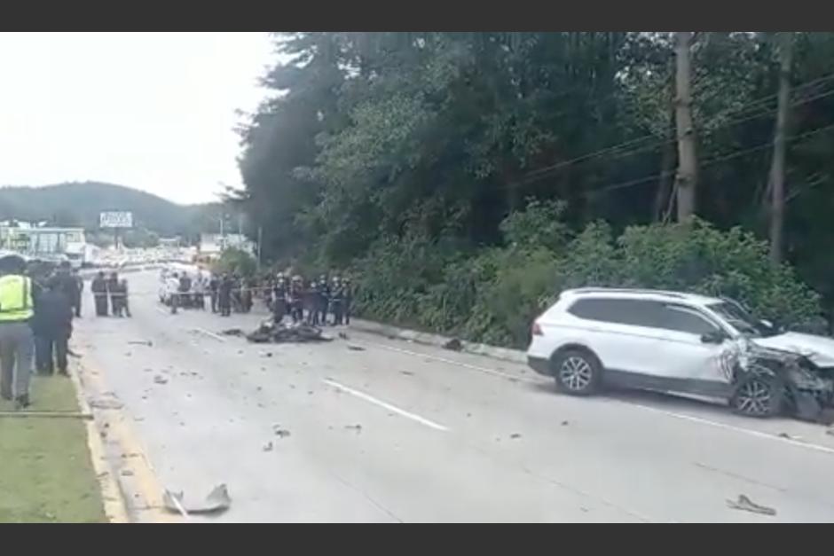 La motocicleta se destruyó por completo a causa del impacto entre los vehículos. (Foto: captura de pantalla)