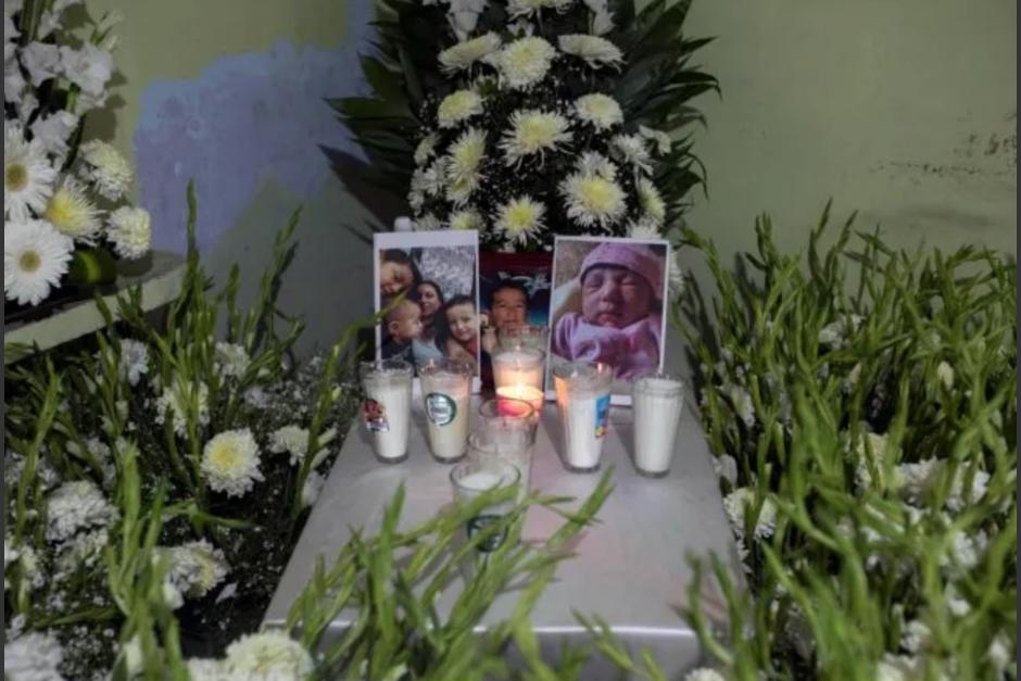 Un hombre perdió a su esposa y cinco hijos después de que un alud soterrara su vivienda. (Foto: informador.mx)